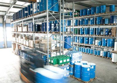 StaerkereStoffe-Impressionen-Lagerhaltung-Schmierstoffe